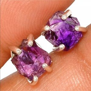 BOUTIQUE NATURAL ROUGH AMETHYST 925 EARRINGS